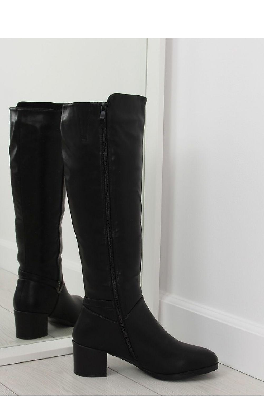 Vendita calzature all'ingrosso per negozi: Stivali